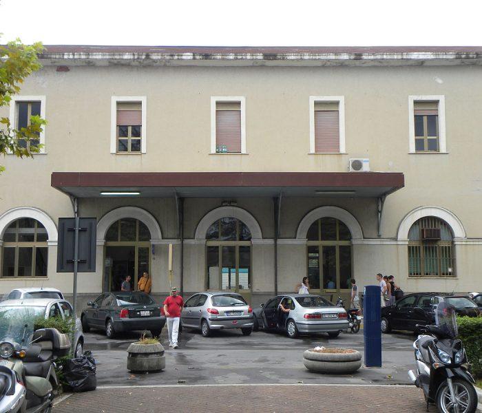 Sospetto caso Covid su treno Napoli Cosenza