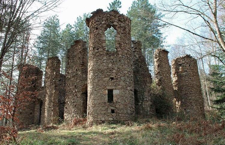 Il Castello e la leggenda della Baronessa Scoppa