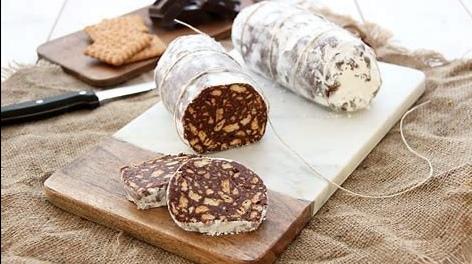 Ricette: salame di cioccolato, noci e caffè