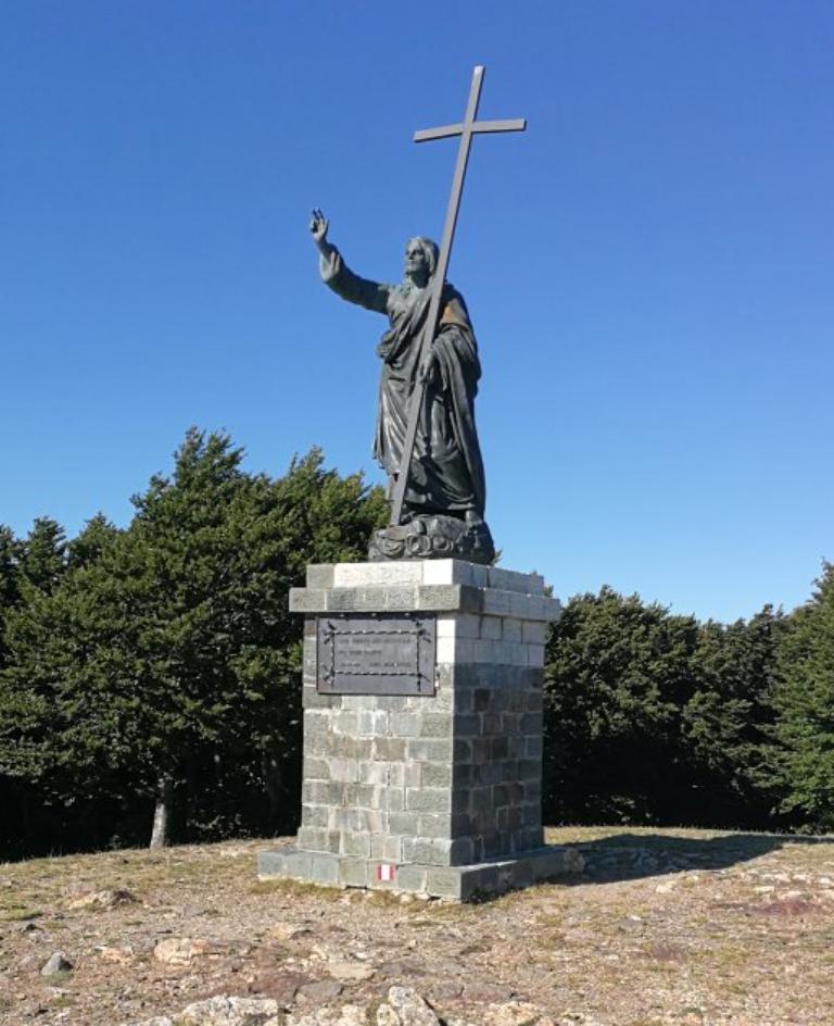 Statua del Cristo Redentore a Montalto (San Luca)