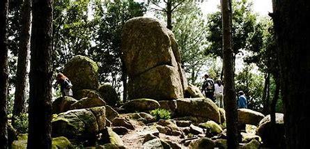 A Nardo di Pace una Stonehenge italiana.