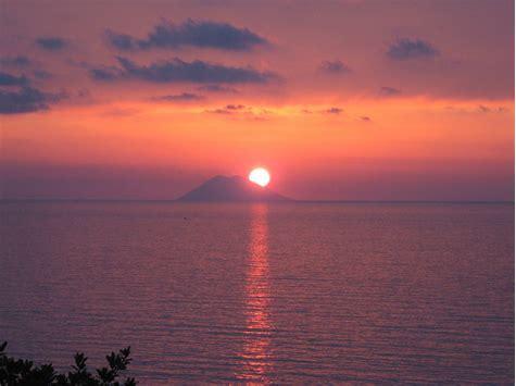 La leggenda di Sant'Elia e la nascita dello Stromboli
